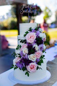 Elegant 4 tiers Wedding cake